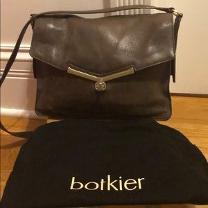 Brown leather Botkier purse, medium size